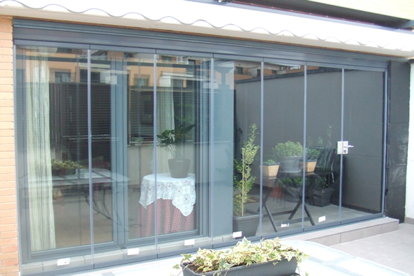 Cortina de cristal en terraza tico aluminer albacete for Cortina cristal terraza