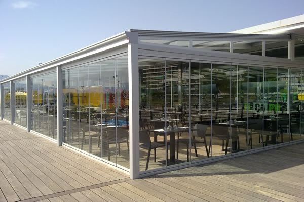Aluminer corrimientos en aluminio y pvc for Cortina cristal terraza