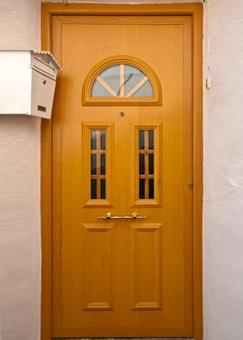 Puertas aluminio y pvc en albacete for Modelos de puertas de madera